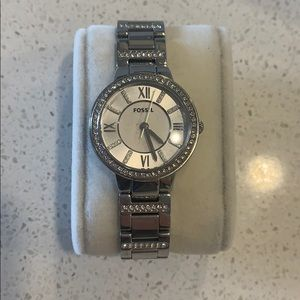 Fossil Women's silver watch!
